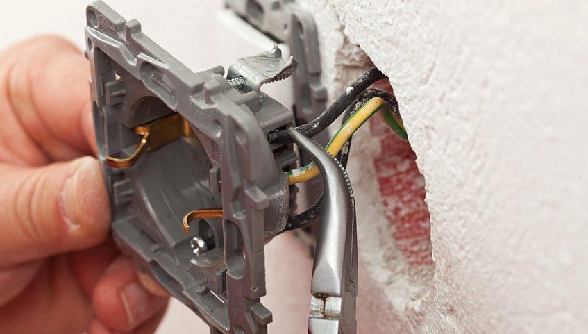 Electrical-Diagnostics-Repairs-montreal-Diagnostics-et-réparations-électrique-5